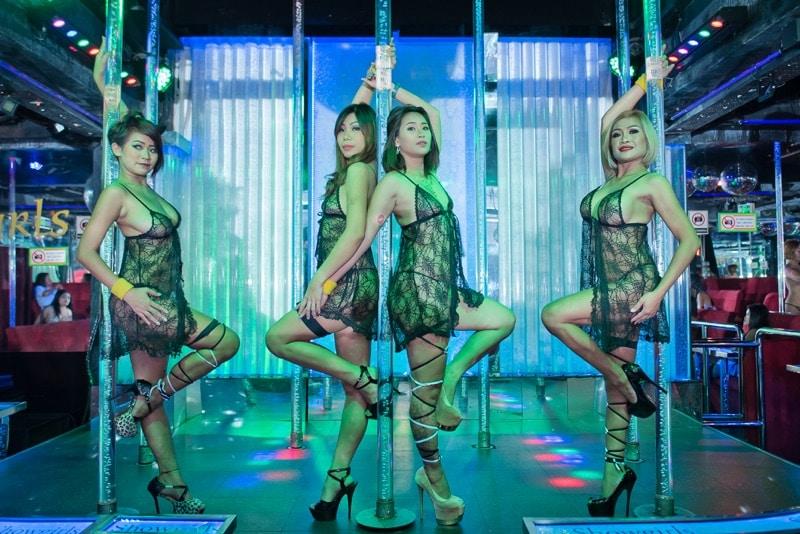 Hot Thai Girls, Sexy Gallery – Showgirls Pattaya Strip Club, Soi LK Metro